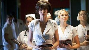 性感女护士竟是连环杀人狂,5分钟看完惊悚片《恐怖护士》