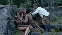 只有美美的才能打好仗,漂亮女兵竟然在上司面前洗澡