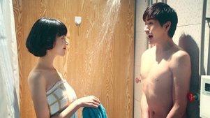男的闯美女浴室和美女闯男的浴室,结果完全不一样
