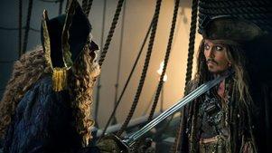 这才是霸气侧漏的杰克船长