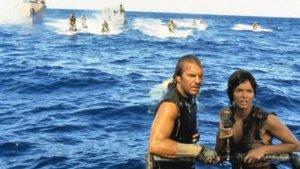 地球被海水淹没,再也没有陆地,人类如何生存!