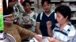 李连杰路遇假扮乞丐的人,这段戏他的演技可谓是100分!
