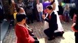 实拍:今年最搞笑的结婚视频,不笑都不行!