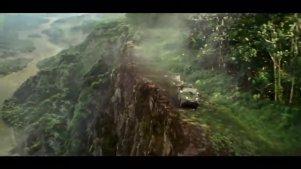 两越野车悬崖边互撞、遇食人红火蚁、一次坠崖、两次坠入瀑布!