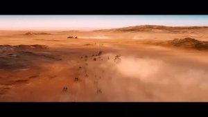 这部电影绝对是史上最佳公路片,这场面,没有一秒钟不热血澎湃