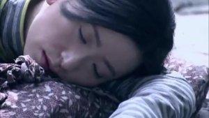 女孩看到日军在屠杀同伴,被发现后,日军残忍施暴