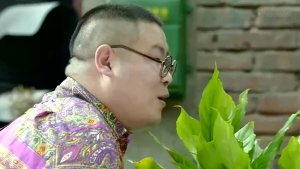 岳云鹏给李雪健讲笑话,人家愣是不笑