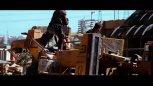 好莱坞电影中经典的飙车桥段,最后那个漂移十分惊艳