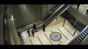 外星杀手进入FBI总部,人类科技完全无法抵抗
