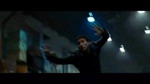 《灵魂战车》片段:尼古拉斯凯奇首次变身恶灵骑士 冒火哈雷帅翻天际