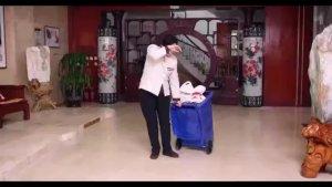 卖鱼大姐帮助清洁工被老总认出是当年的恩人,并决定收购她家的鱼