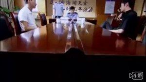 富二代为刘涛打架闹到派出所,还不配合,所长进来一看,傻了