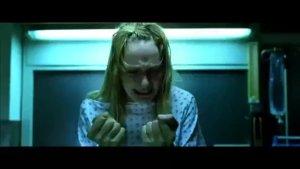 无耻医生竟强暴植物人女孩,女孩醒来疯狂报复:超解气