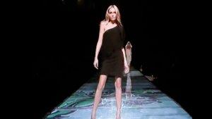 Snejana Onopka@ Versace Spring 2008