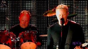 金属乐队现场即兴演奏《American Idiot》
