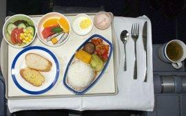 为什么大部分人都觉得飞机餐很难吃?原来是我们自己的锅