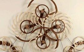 神器:不通电流,摇一次能转40个小时的壁挂木雕
