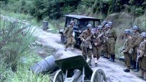 一百多个鬼子追着国军几万人打,团长看不下去直接把鬼子灭掉