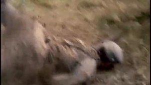 作为一名合格狙击手,他不该单枪匹马冲进鬼子兵营,谁拍的