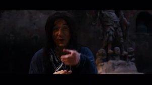 李连杰被成龙说是哑巴聋子,霸气还击,真正的王者一看便知