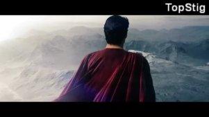 飞翔在天空的超级英雄