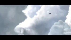 天空中的百龙大战!