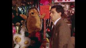 憨豆先生最新作品:憨豆先生差点把金鱼吃了!