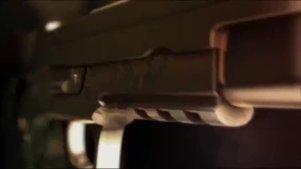 电影派解说:4分钟带你看完这部毁原著的漫改真人电影《进击的巨人(前篇)》