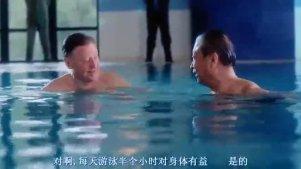 《中南海保镖》开头出场这段演习,李连杰穿军装帅得一塌糊涂