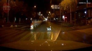 中国交通事故合集201711:每天10分钟最新的国内车祸实例,助你提高安全意识。