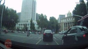 中国交通事故合集20170905:每天10分钟最新的国内车祸实例,助你提高安全意识