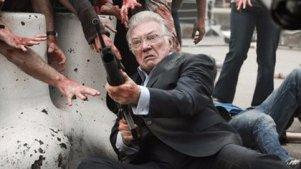 丧尸连一个老人都追不上,恐怖喜剧《劫匪与僵尸》